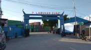 Info Gambar : Pintu Keluar Kompleks Pelabuhan Tual